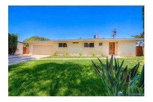 16507 Los Alimos St, Granada Hills, CA 91344