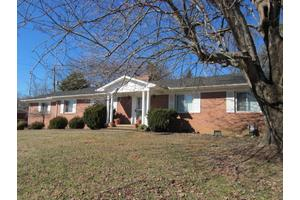 8117 Corteland Dr, Knoxville, TN 37909