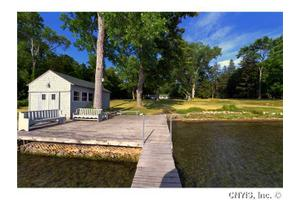 370 Ellis Point Rd, Ledyard, NY 13026