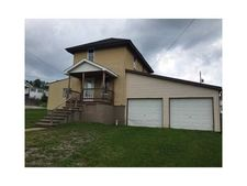 601 S 26th St, Derry, PA 15717
