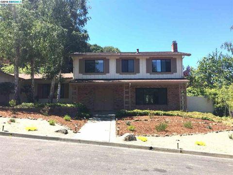 494 Butterfield Pl, Moraga, CA 94556