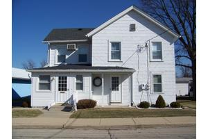 307 E Center St, Sandwich, IL 60548