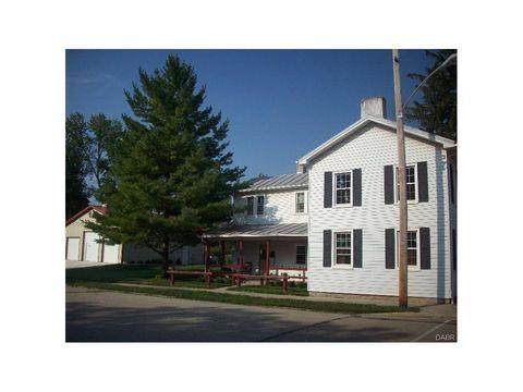 102 W Walnut St, Farmersville, OH 45325