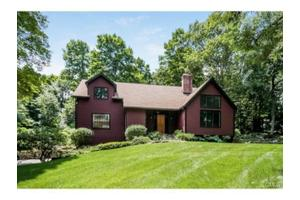 20a Starrs Plain Rd, Danbury, CT 06810
