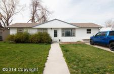 102 W Valley Dr, Gillette, WY 82716
