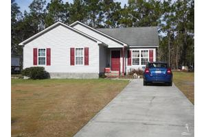 569 Edgewood Rd, Boiling Spring Lakes, NC 28461