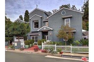 438 Tuallitan Rd, Los Angeles, CA 90049