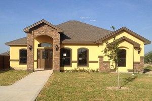 1627 Texoma St, Laredo, TX 78046