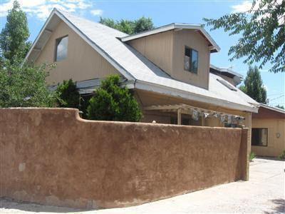 1202 Hickox St Santa Fe, NM 87505