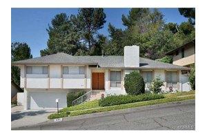231 Los Laureles St, South Pasadena, CA 91030