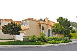 17988 Pueblo Vista Ln, San Diego, CA 92127