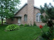 18320 Pine Wood Ln, Tinley Park, IL 60477