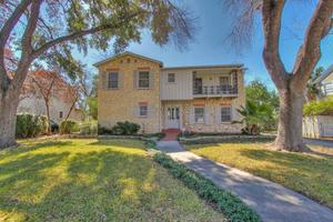 2130 W Summit Ave, San Antonio, TX 78201
