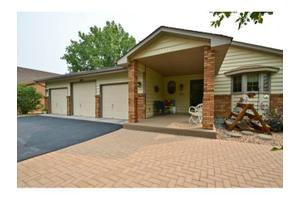 1110 Sycamore Ln N, Plymouth, MN 55441