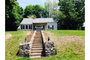 20 Lakeview Rd, Brookfield, CT 06804