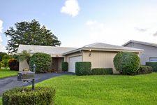 5667 Pinecrest Cir, Boca Raton, FL 33433