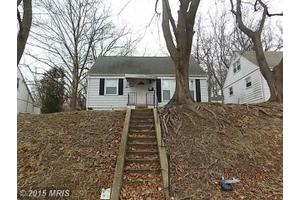 817 Templecliff Rd, Pikesville, MD 21208