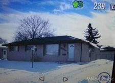 20224 Shores St, Saint Clair Shores, MI 48080
