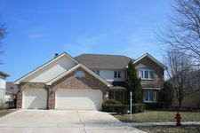 14831 Landings Ln, Oak Forest, IL 60452