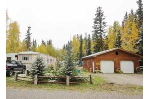 1329 Arctic Fox Dr, North Pole, AK 99705
