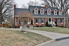 8908 Yellow Wood Pl, Louisville, KY 40242