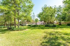 1221 Sunset Dr, Friendswood, TX 77546