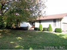 716 Cheshire Rd, Troy, IL 62294