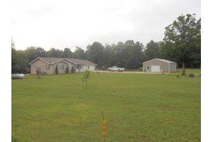 151 County Road 548, Poplar Bluff, MO 63901