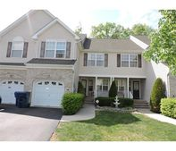 204 Hawthorne Rd, North Brunswick Township, NJ 08902