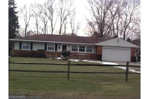 1632 Centerview Dr, Copley, OH 44321