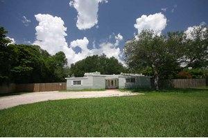 7850 SW 69th Ave, Miami, FL 33143