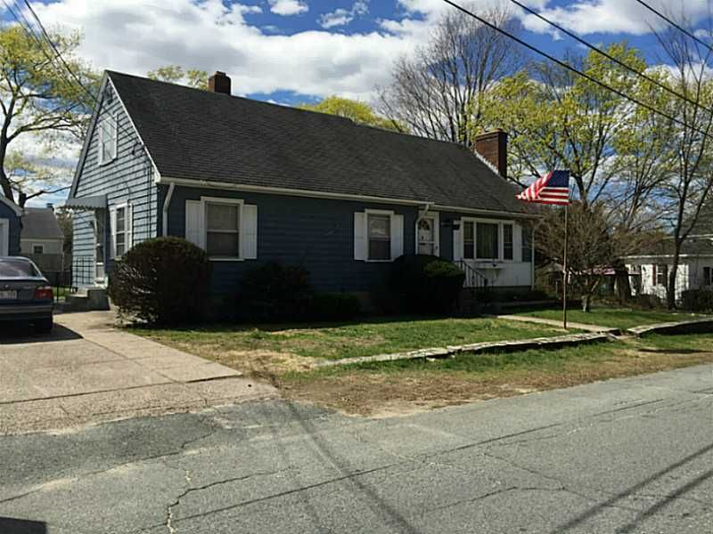 28 Grafton St Lincoln, RI 02865