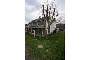 938 Venetia Rd, Peters Twp, PA 15367