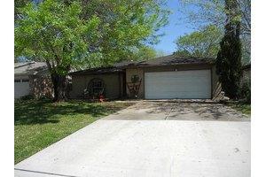 17019 Blackhawk Blvd, Friendswood, TX 77546