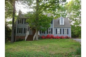 3202 Ludgate Rd, Chester, VA 23831