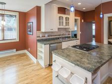 1018 Oliver Ave N, Minneapolis, MN 55411
