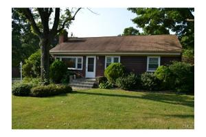 45 Stonybrook Rd, Norwalk, CT 06851