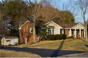 4512 Woodside Rd, Old Hickory, TN 37138