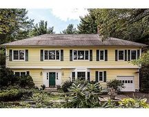 100 Page Rd, Bedford, MA 01730