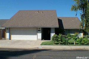 894 Cliffside Ct, Oakdale, CA 95361