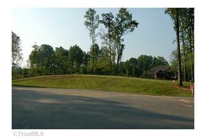 158 Widows Walk Ct, Stokesdale, NC 27357