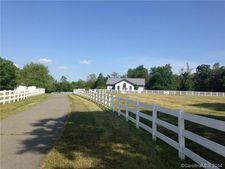 14432 Black Farms Rd, Huntersville, NC 28078