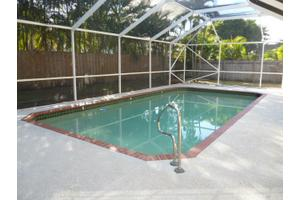 117 Spanish Pine Ter, Royal Palm Beach, FL 33411