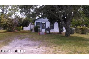 1410 Fisher St, Morehead City, NC 28557