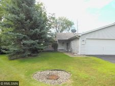 2140 49th Way E, Inver Grove Heights, MN 55077