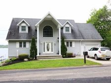 191 Lakeside Dr, Bemus Point, NY 14712
