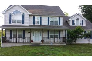 309 Pheasant Run, East Stroudsburg, PA 18302