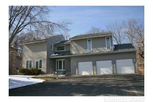 Photo of 12010 Golden Acre Drive,Minnetonka, MN 55305