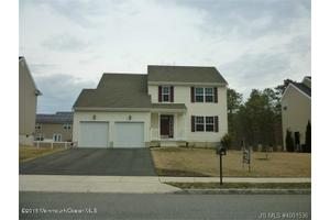 36 Tina Way, Barnegat, NJ 08005