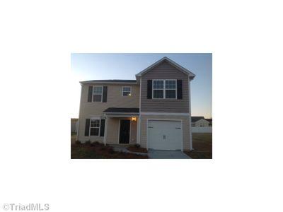 1497 Hamilton Hills Dr, Greensboro, NC